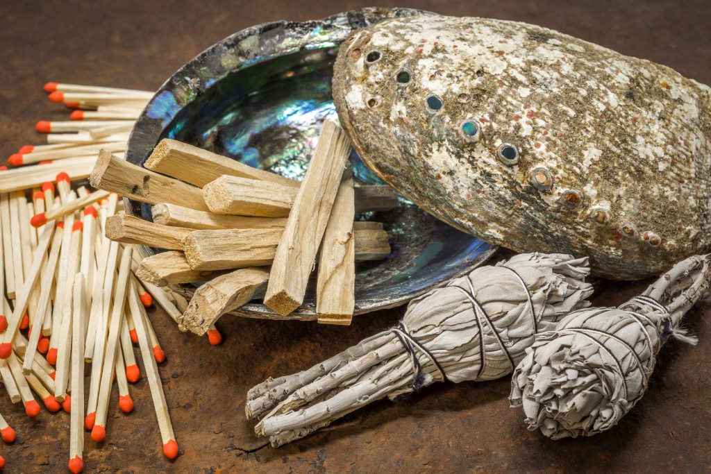 Palo Santo and sage each have a distinct fragrance and work equally well during smudging.