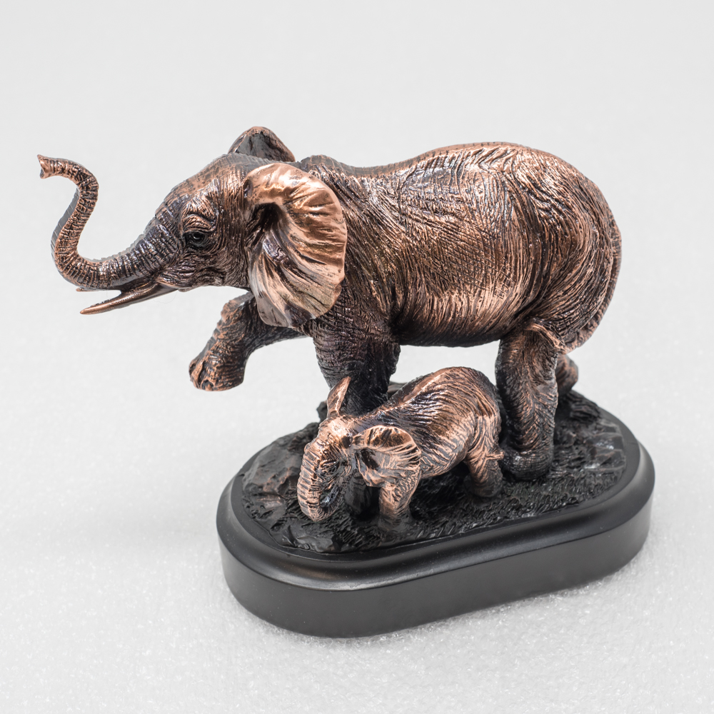 Copper plated sculpture of mother and baby elephant